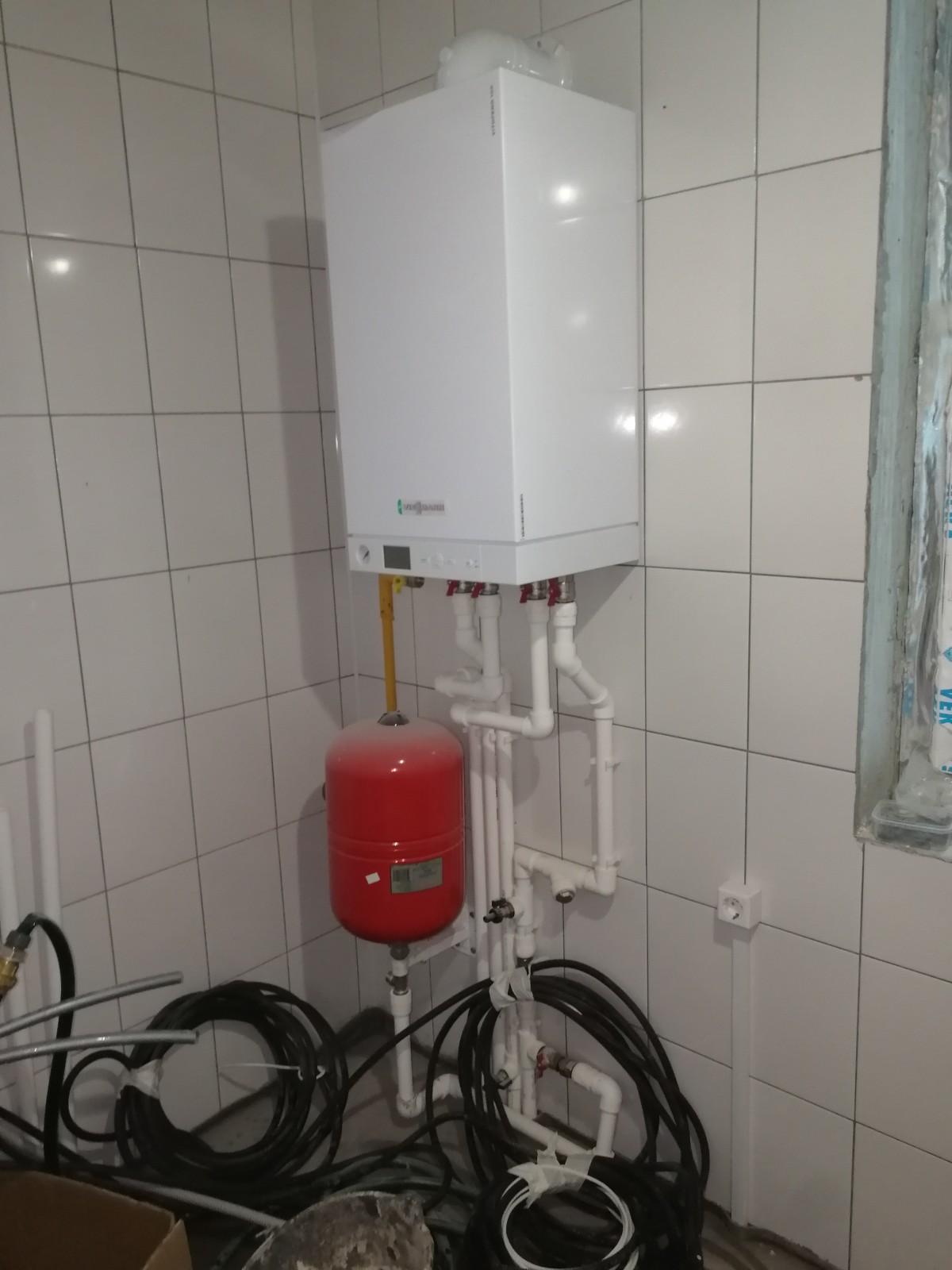 Монтаж системы отопления, водоснабжения и канализации п. Тайцы