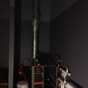 Монтаж системы отопления в автосервисе.